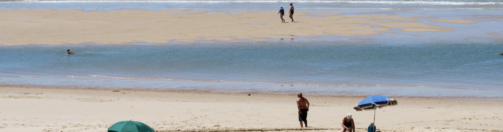 Baïne sur la plage de Contis dans les Landes