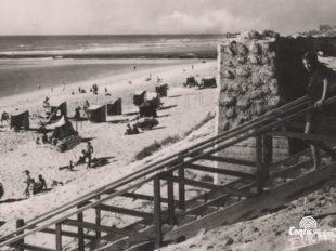 Exemple de camouflage par ondulation sur l'ancien bunker situé au Sud du courant de Mimizan en 1951 (R612-Ar63)